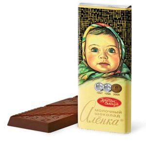 Шоколад молочный Аленка
