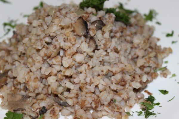 Каша гречневая с грибами и луком 3
