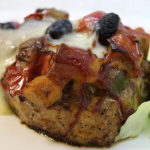 Испанский стейк с овощами и мягким сыром 4