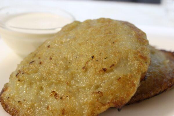 Оладьи картофельные фаршированные мясом 3