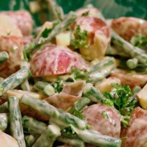 Салат овощной с фасолью (порционный) 5